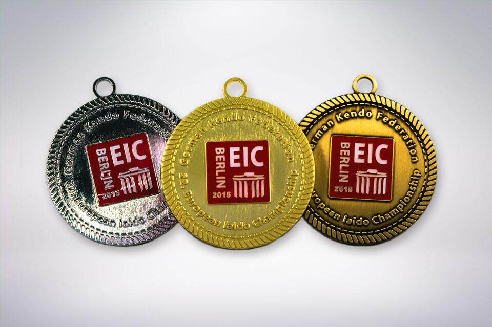 Zander Papier & Pokale Referenzen Medaille EIC 2015